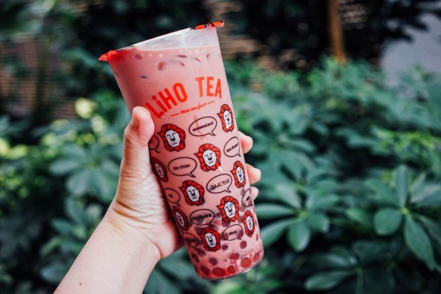 LiHO x Foodpanda Pink Panda Drink Collab – Exclusive Creamy Red Velvet Milk  Tea with Golden Pearls and White Chocolate Balls (Media) – Chue On It